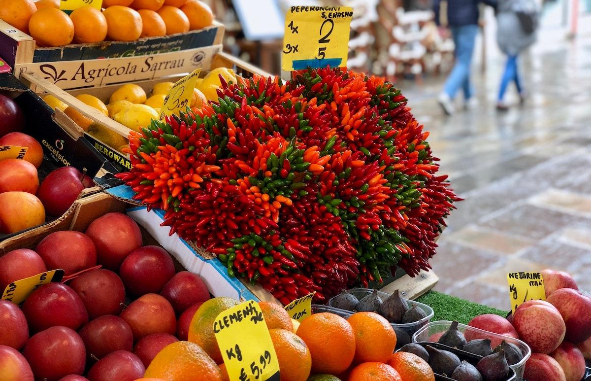 Mercato sul Lago di Como